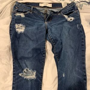 Abercrombie & Fitch Distressed Jean